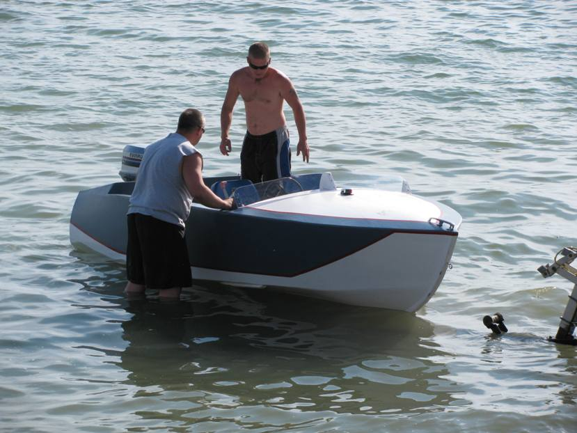 Playboy Runabout Boat Plans Water
