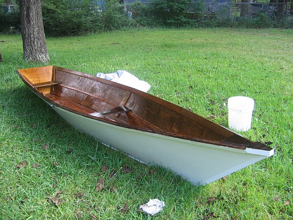 Row and Sail Dory - Rowboat that can be sailed. Here are some customer ...